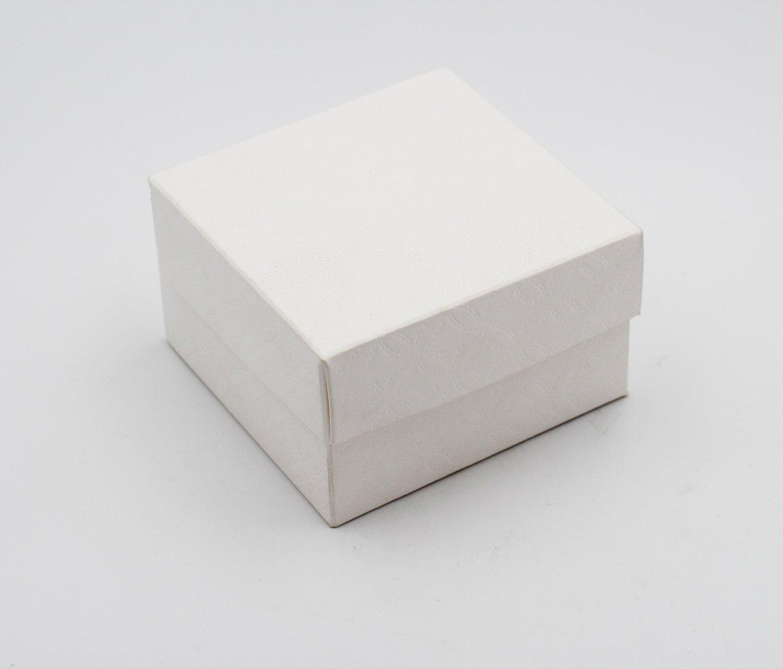 Scatolo pieghevole con coperchio matalassè bianco confezioni da pz. 10