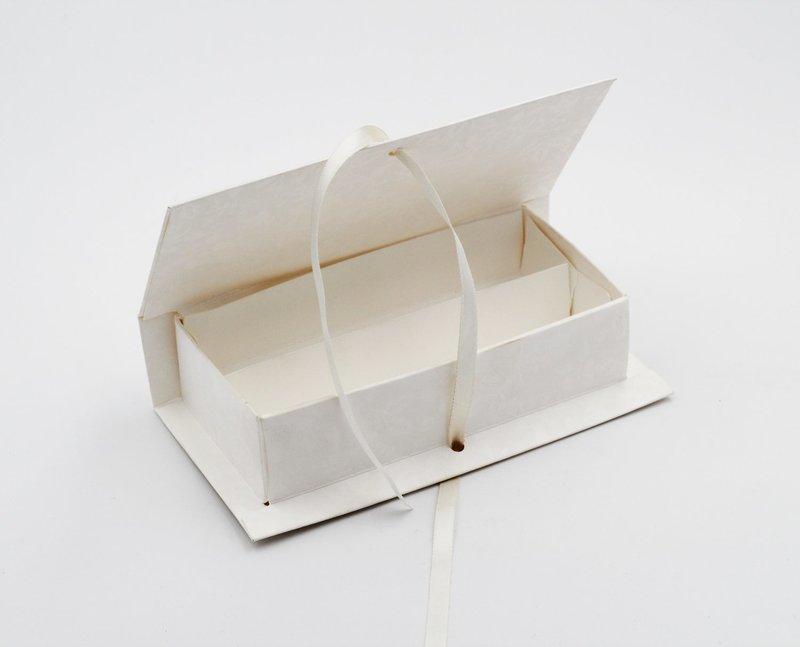 Scatolo book con inserto 2 scomparti harmony confezioni da pz. 10