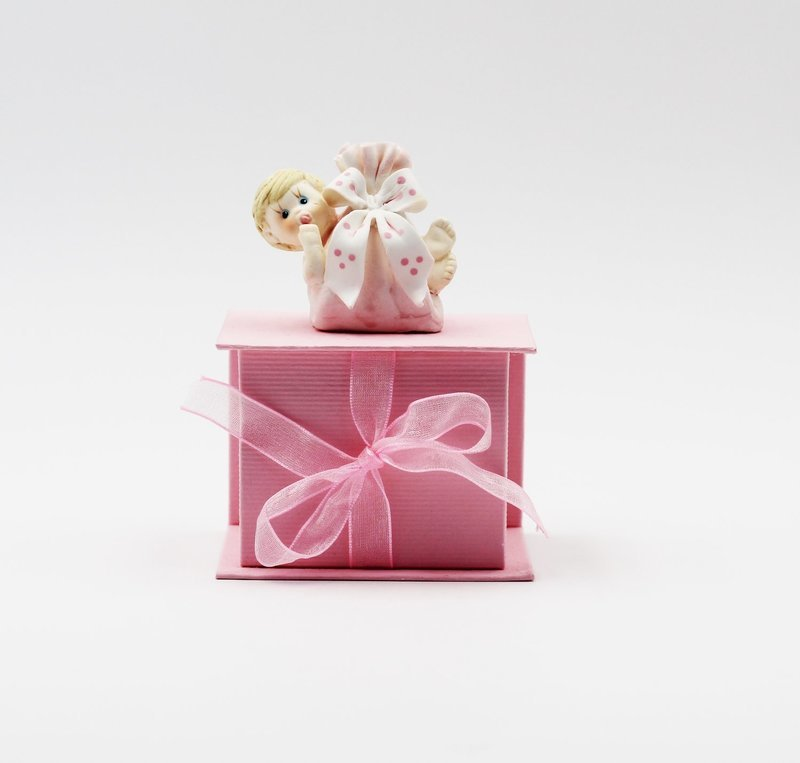 Bomboniera cofanetto con neonato rosa Pz.1