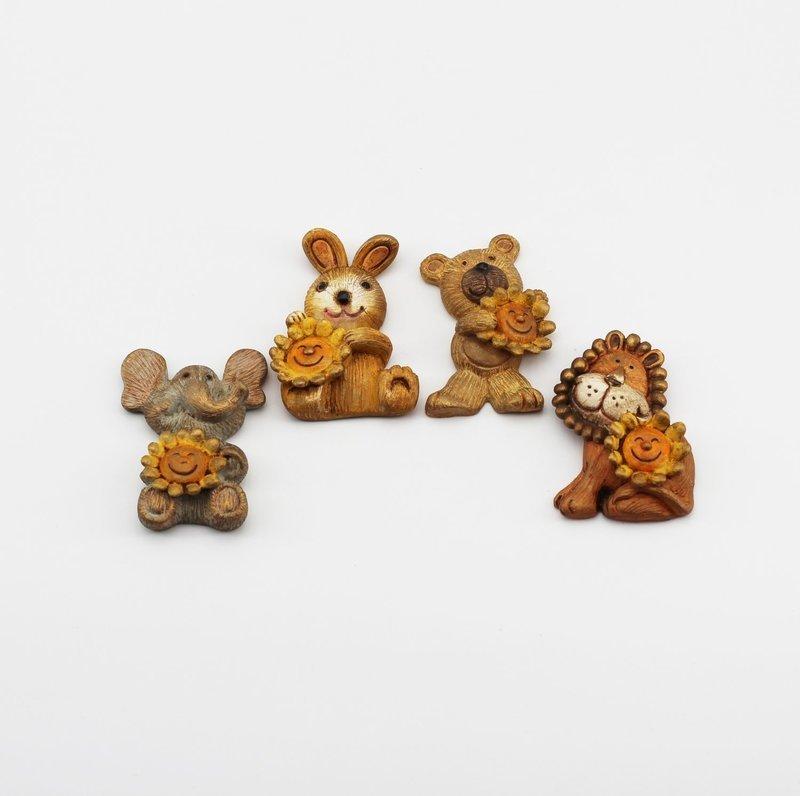 Bomboniera in resina animaletti calamitati Pz.12