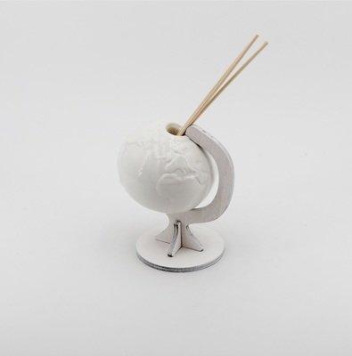 Bomboniera in porcellana profumatore globo Pz. 1