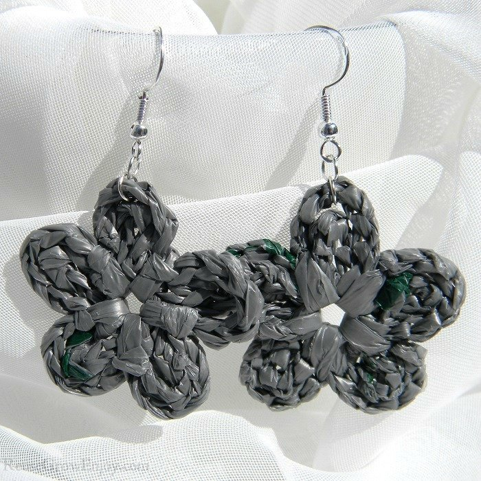 Large Gray With Dark Green Flecks Crochet Flower Upcycled Bag Earrings C-456-Gray
