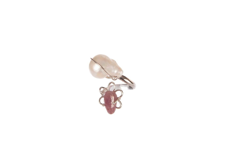 Anello regolabile in argento 925, perla di fiume e zaffiro - Adjustable Ring in 925 Silver, river pearl and sapphire