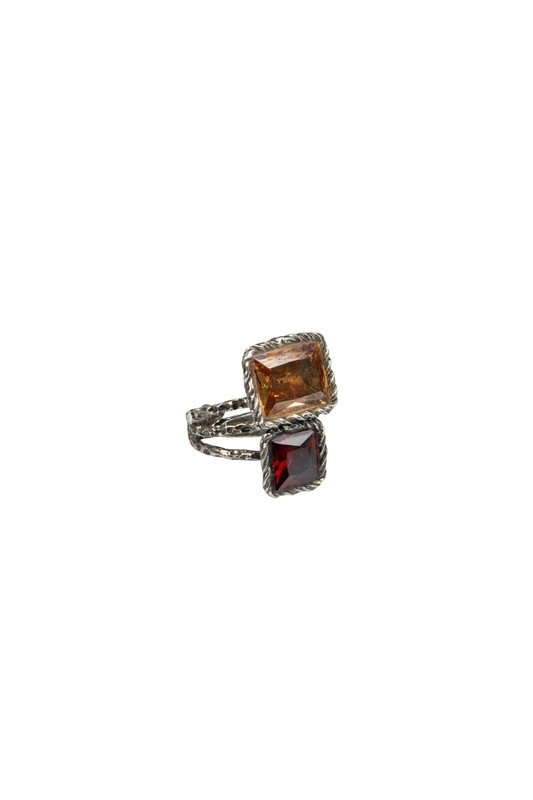 Anello regolabile in argento 925 brunito martellato e zirconi AMBRA e ROSSO Linea Etrusca - Adjustable ring in hammered burnished 925 silver and zircons AMBER and RED Etruscan Line