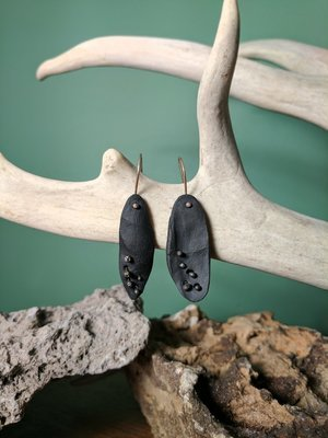 Oxidized silver and black porcelain earrings