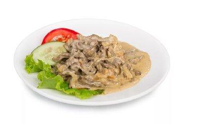 Бефстроганов из говядины в сметано-сливочном соусе