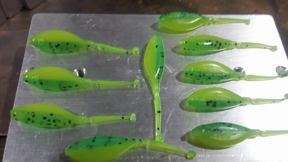 "1 7/8"" Stinger Shad Lemon lime 10 per pk"
