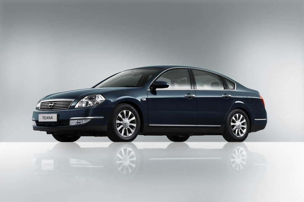 Nissan Teana 2.3i Hitachi 3ZVH2D1 19Y410