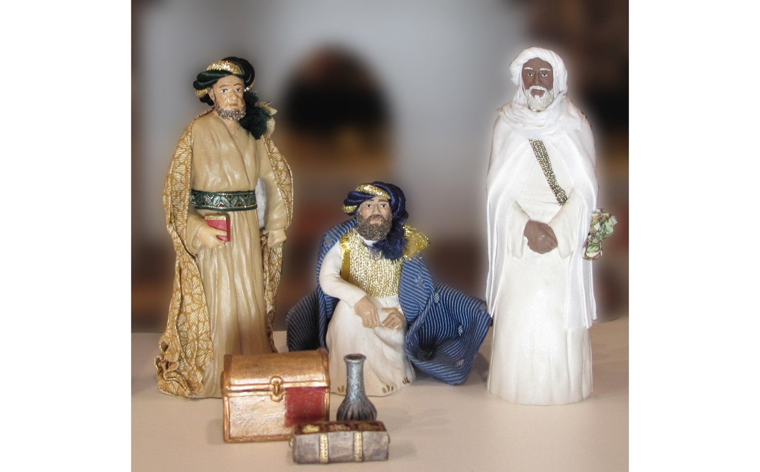 4 Piece Three Wise Men - and Gifts Nativity Set