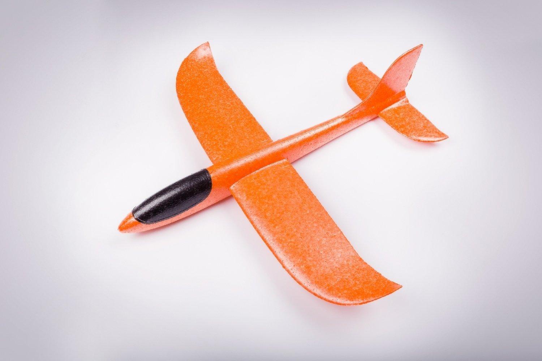 Бумеранг оранжевый/ дальность полёта 30 м/ размах крыла 47 см/ от 5 лет