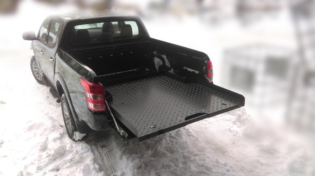 Выкатная грузовая платформа Mitsubishi L200 2015+