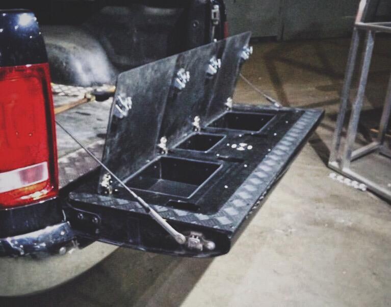 Ящик в борт VW AMAROK (BOX IN THE BACK) Black