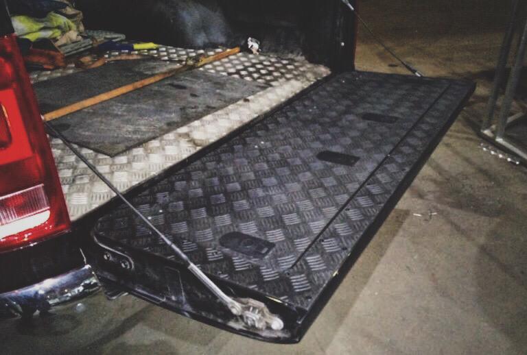 Ящик в борт VW AMAROK (BOX IN THE BACK) Black 02471