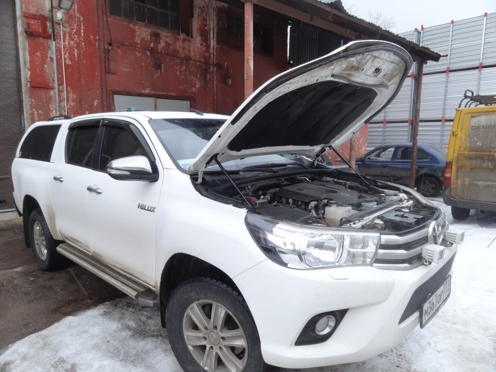Комплект амортизаторов (упоров) капота для Toyota Hilux 2015+ 00464