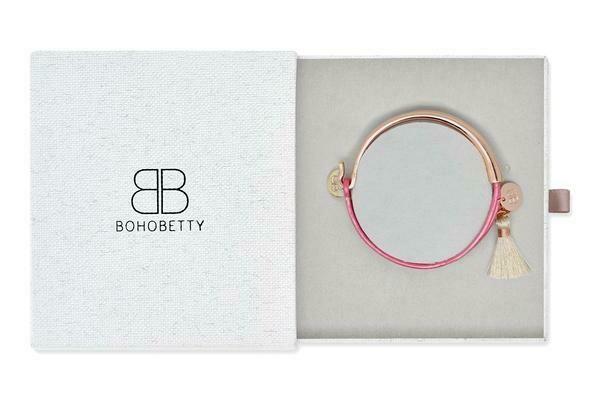 Seille Metallic Rose Leather Bangle Gift Set