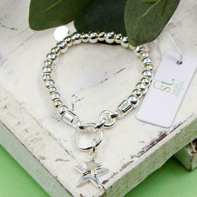 Sara Star Charm Bracelet
