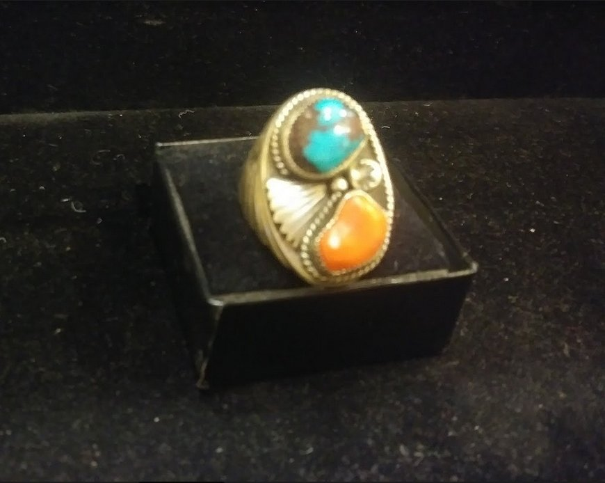 Men's Ring - Size 10 1/2 - Navajo made - Bisbee Turquoise & Red Coral