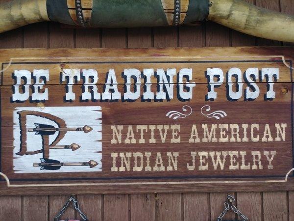 DE Trading Post
