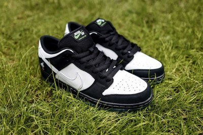 NIKE SB DUNK LOW PRO OG QS BLACK/WHITE-GREEN GUSTO