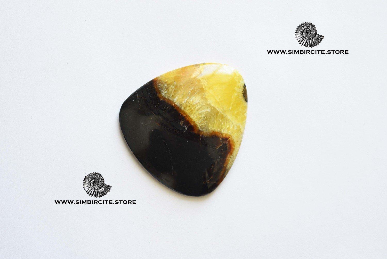 Симбирцитовый кабошон 60*55*6 мм