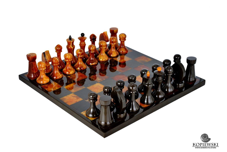 Шахматы из камня Симбирцит