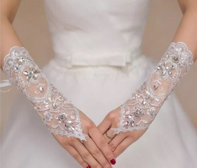 Bride white rhinestone lace fingerless wedding gloves