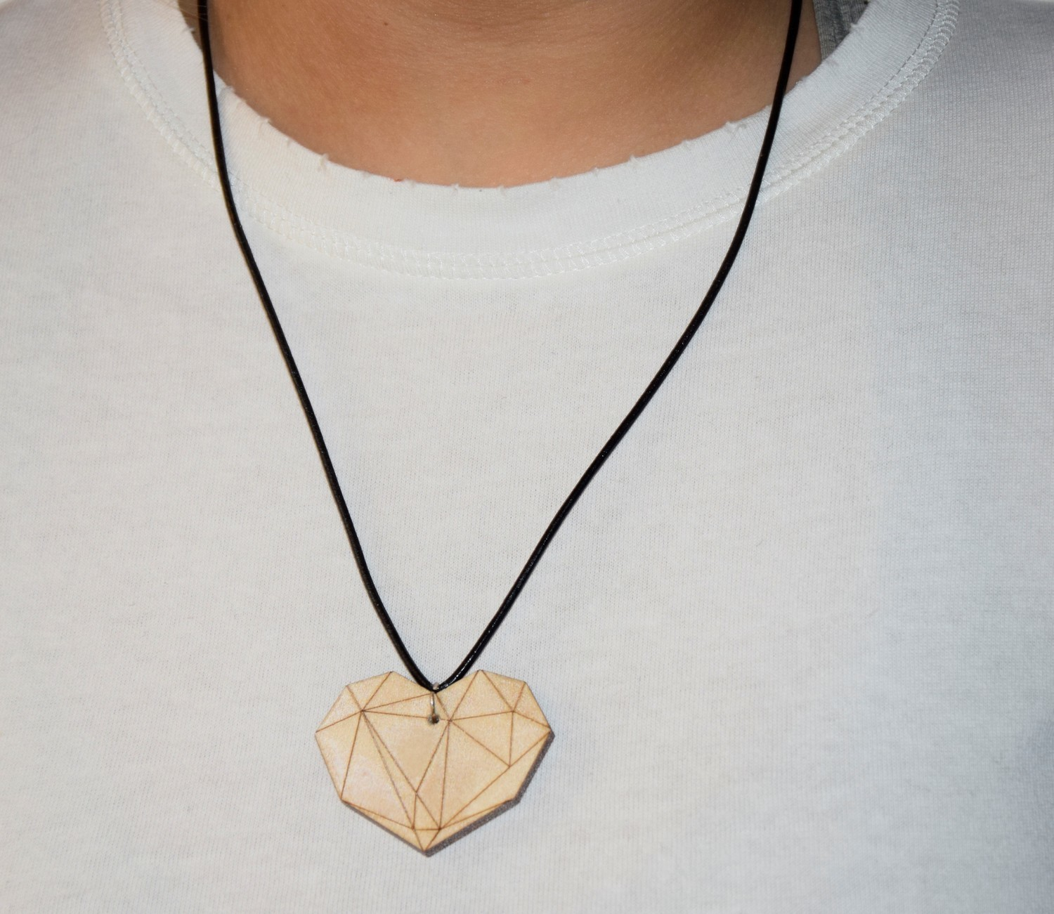 SHOW YOUR HEART NECLACE