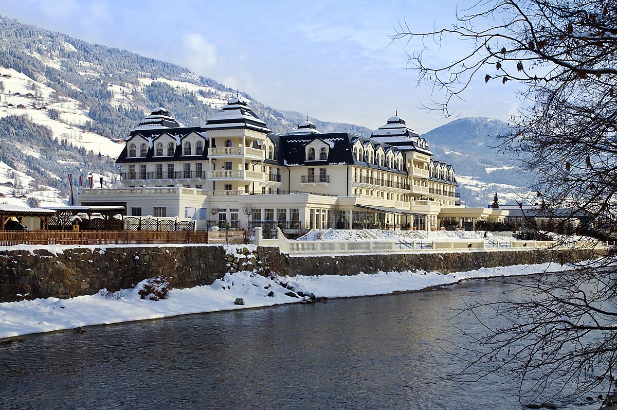 5*****-Grandhotel Lienz - 3 N für 2 P inkl. Frühstück nur € 499,– (statt ca. € 880,–)