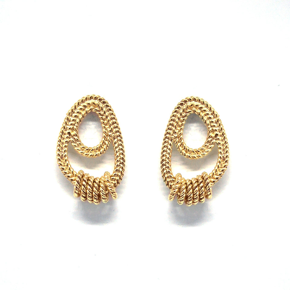 Dangle Twisted Studs