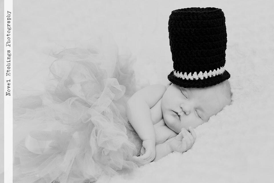Little Baby Top Hat Crochet Pattern