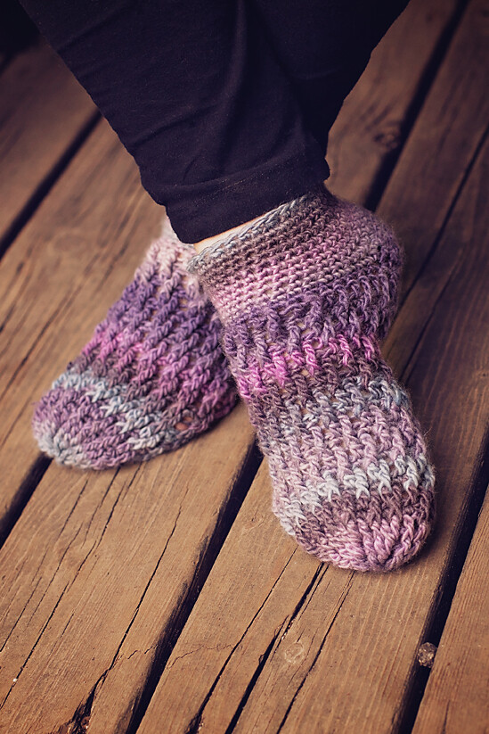 Ripple Socks Crochet Pattern