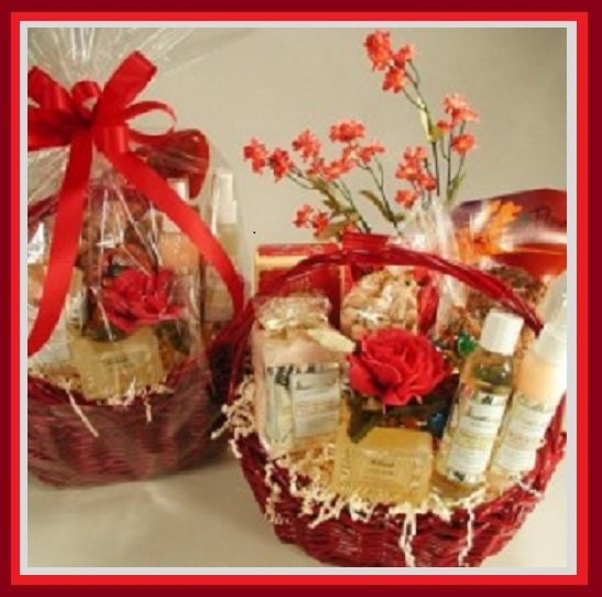 CUSTOM GIFT BASKET 00007