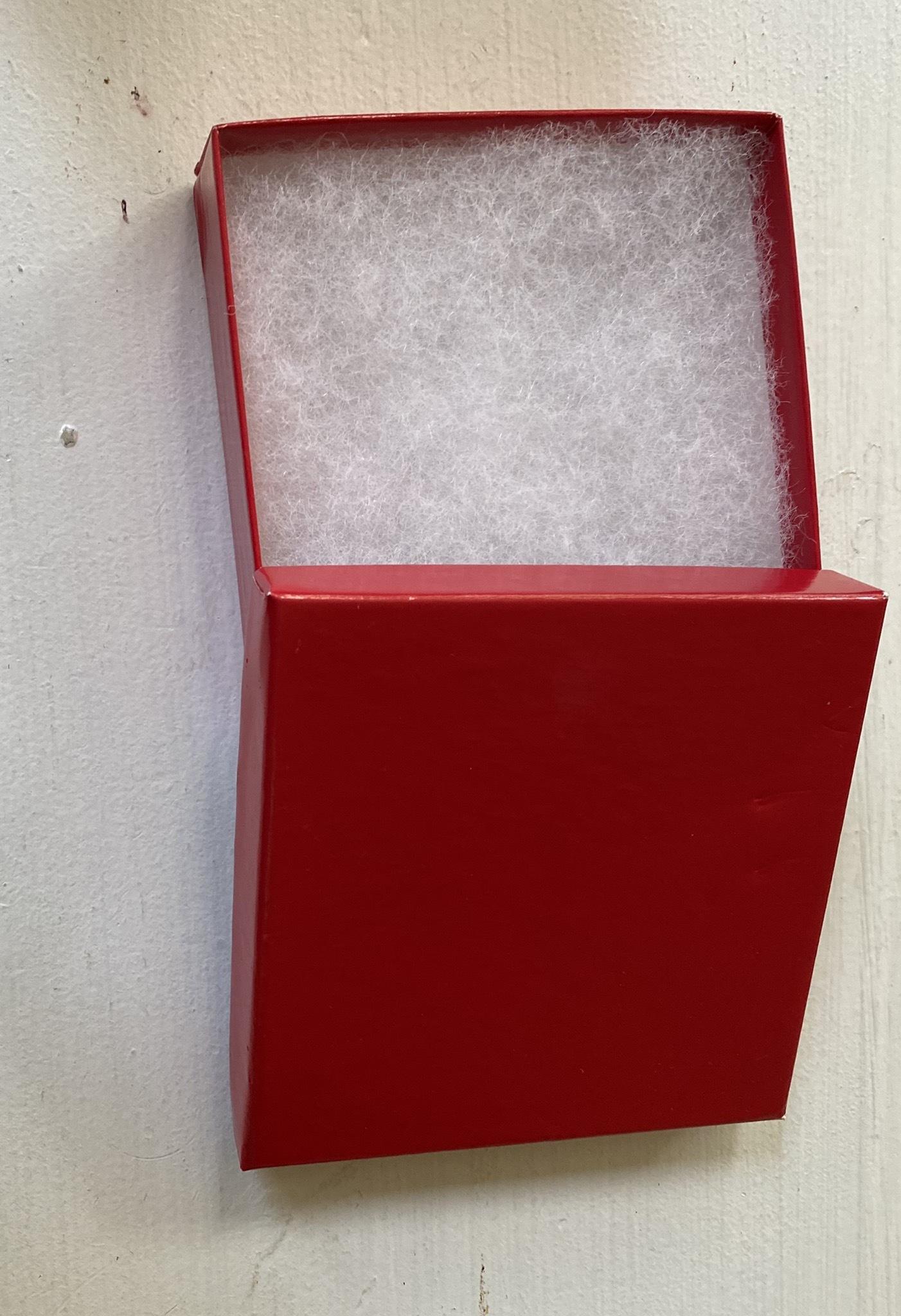 Red Gift Box 00142