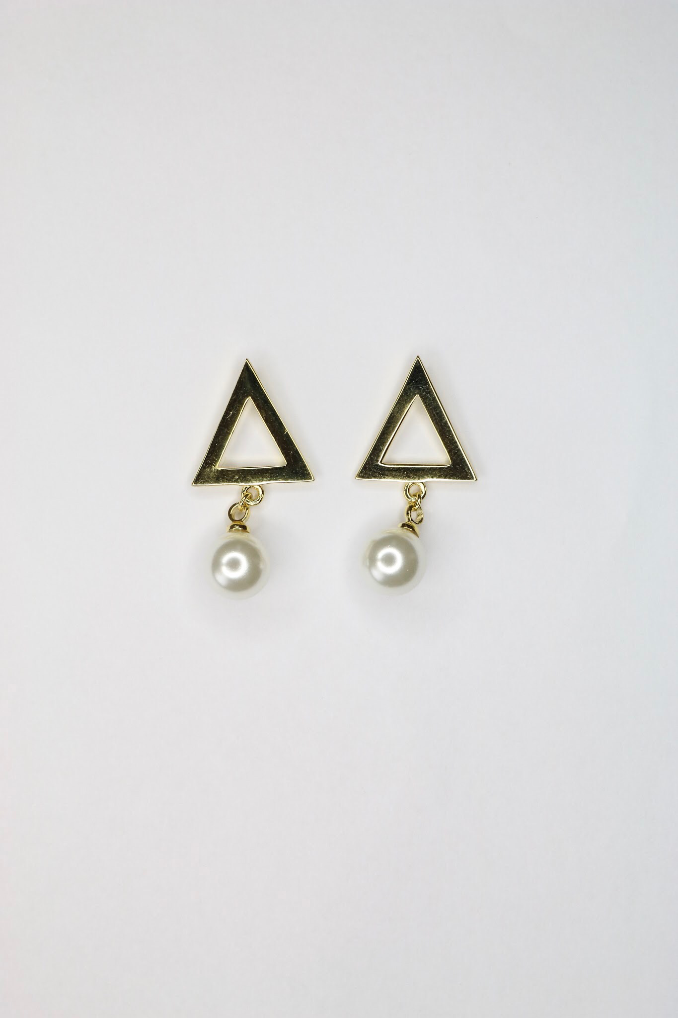 Gold Pearl Pyramid Earrings 00045