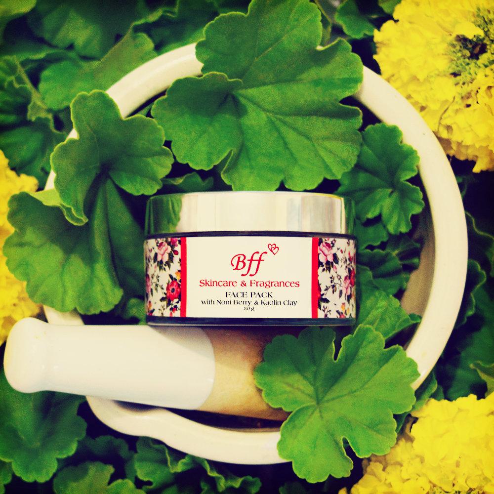 Face Pack for Skin Detox, Whitening and Tightening. 50 Gram.