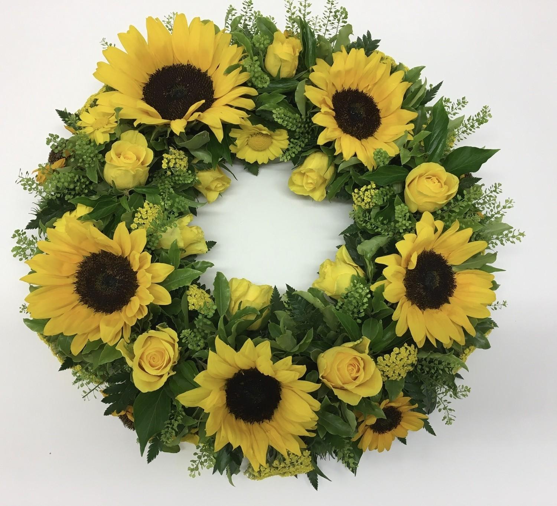 Wreath Ring - Vibrant, Loose Foliage