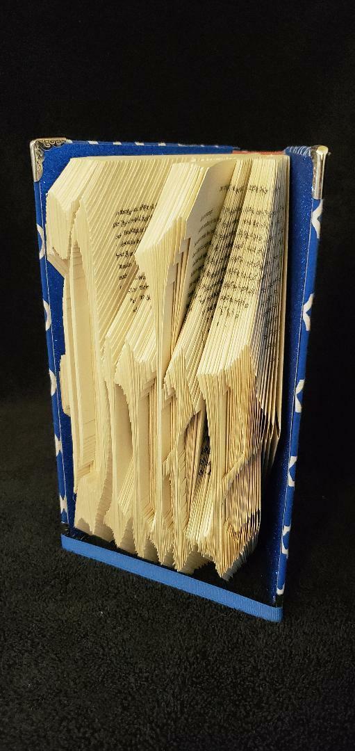 Duke University cut and fold book 00029