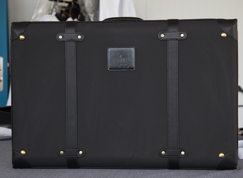 Kuffert til præstekjole
