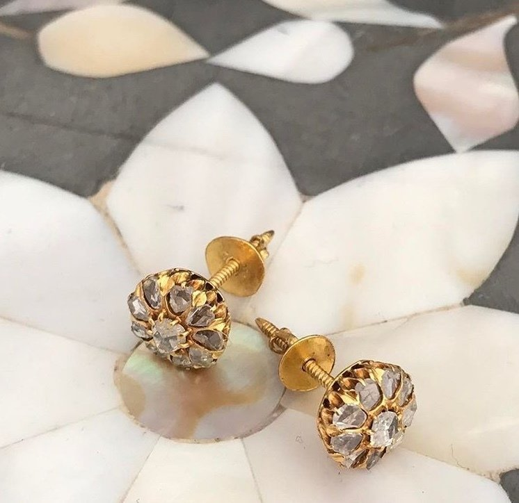 Circa 1920 Gold diamond studs. 00012