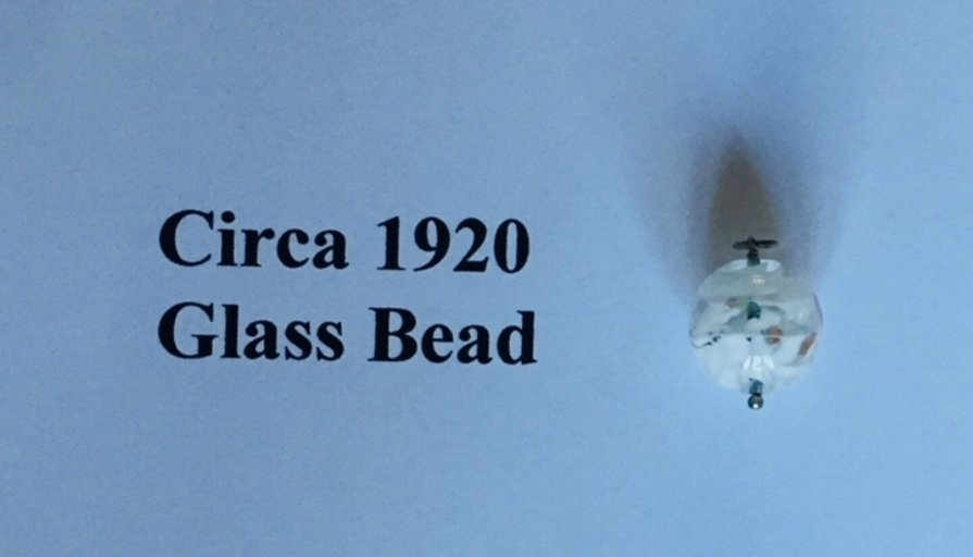 Circa 1920 Glass Bead 00015