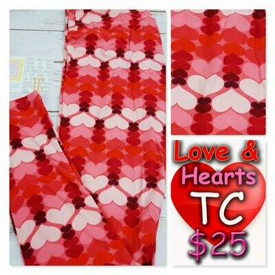 LuLaRoe Tall Curvy TC Valentine Leggings fits sizes 12-18