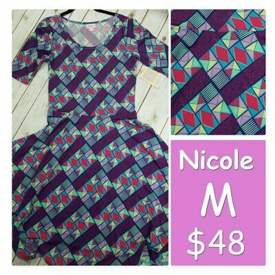 NICOLE Medium (M) LuLaRoe Womens Dress