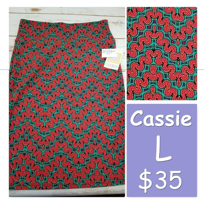 Cassie Large (L) LuLaRoe Womens Skirt