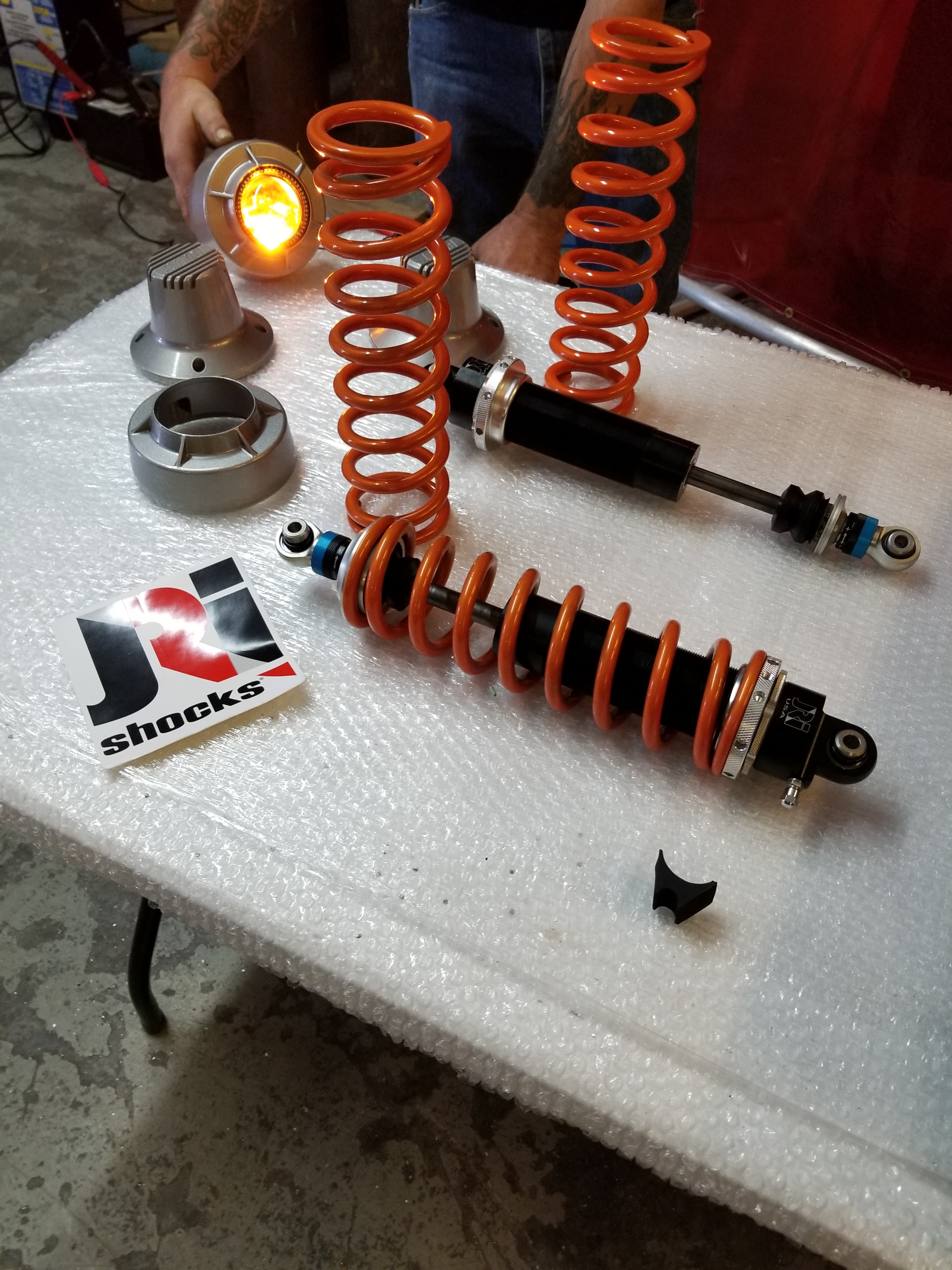 JRI Clicker front shocks