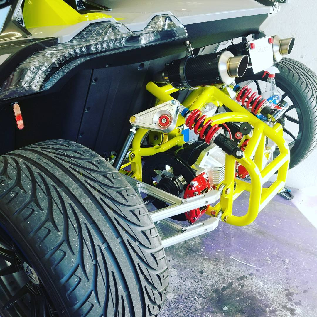 4 Wheel Conversion Kit for the Polaris Slingshot