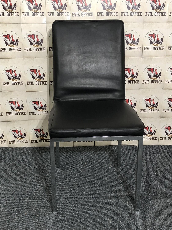 Stuhl Besucherstuhl in Schwarz / Chrom