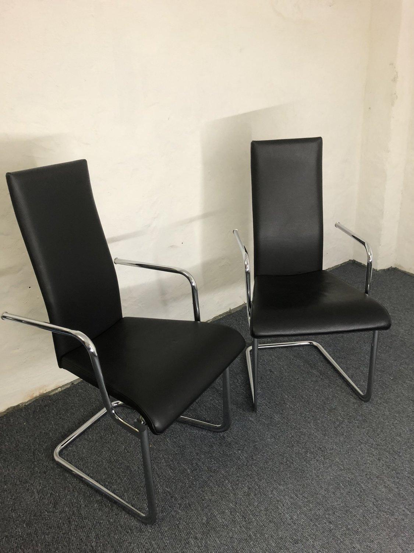 Freischwinger Tecta Kragstuhl Aplati in Schwarz Leder 2er-Set