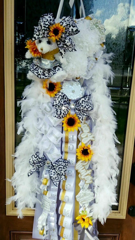 NEW Senior Sunflower Homecoming Mum