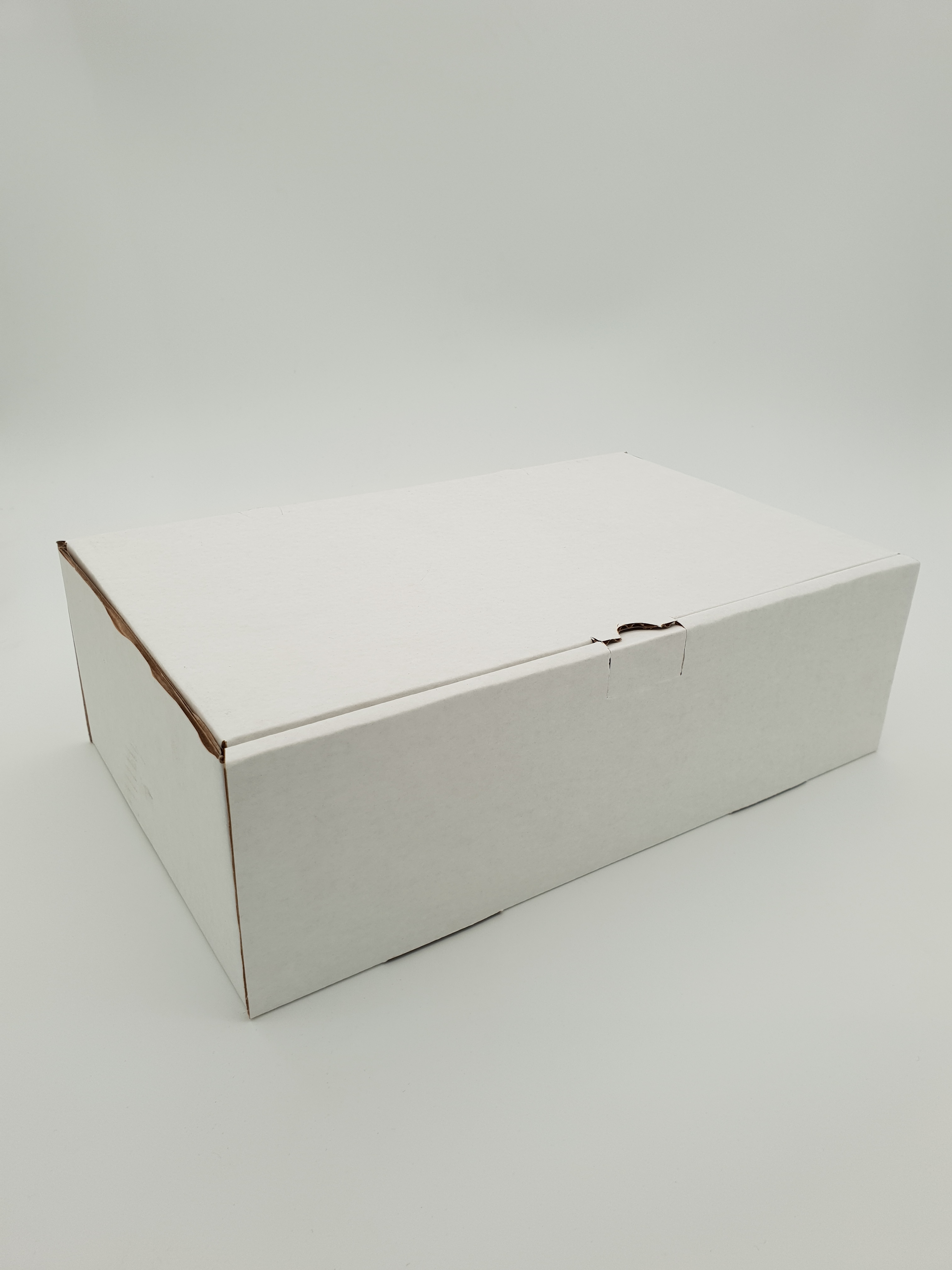 Box Corrugated Rib - 260 x 150 x 60mm - White RIBW