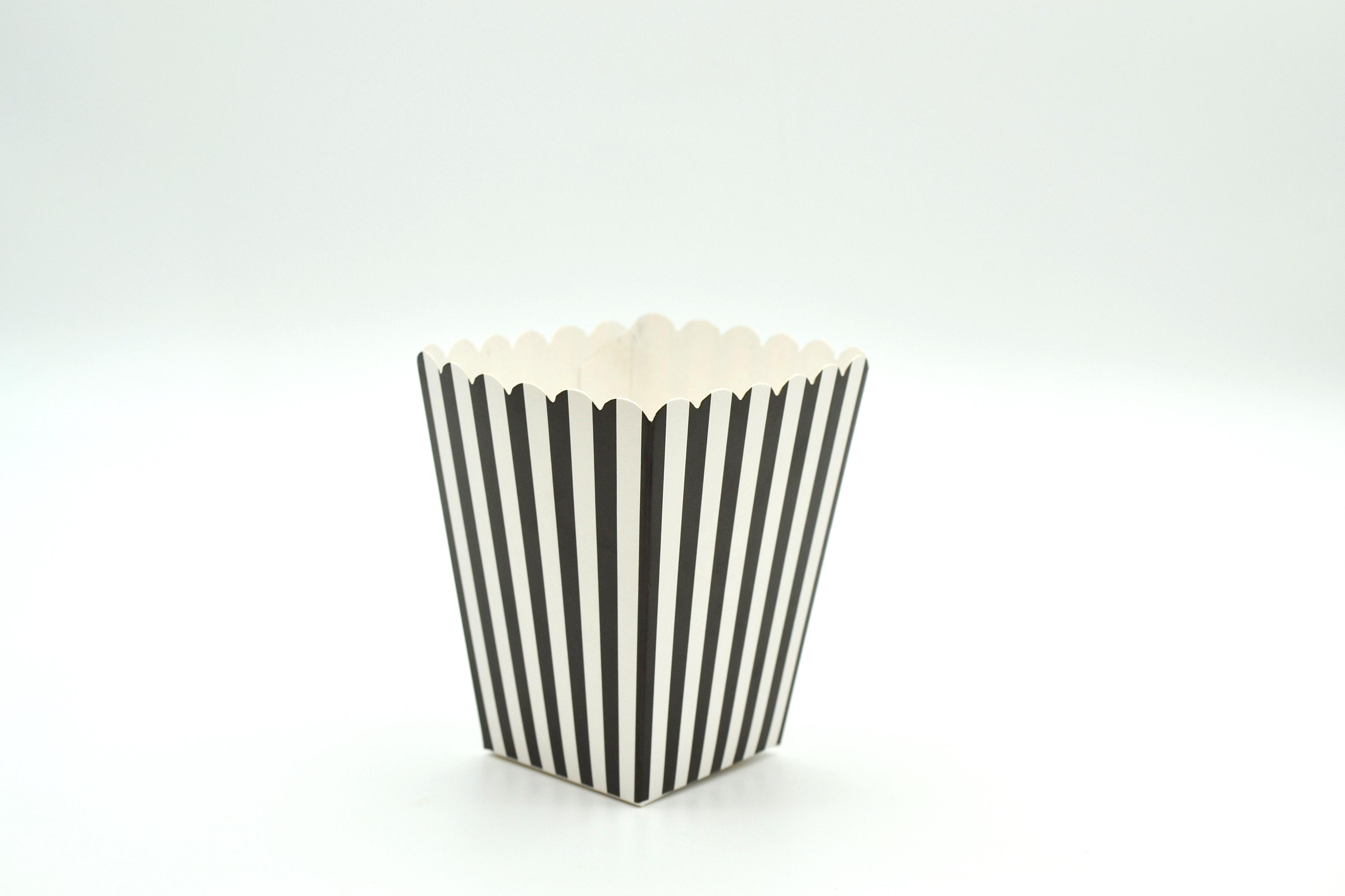 Box Popcorn Mini Black  5 x 5 x 10 cm (each)